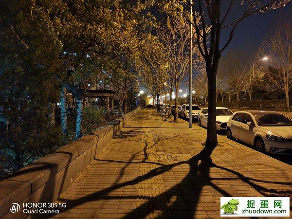荣耀30S夜拍评测 麒麟820加持让你拍出旗舰级夜景
